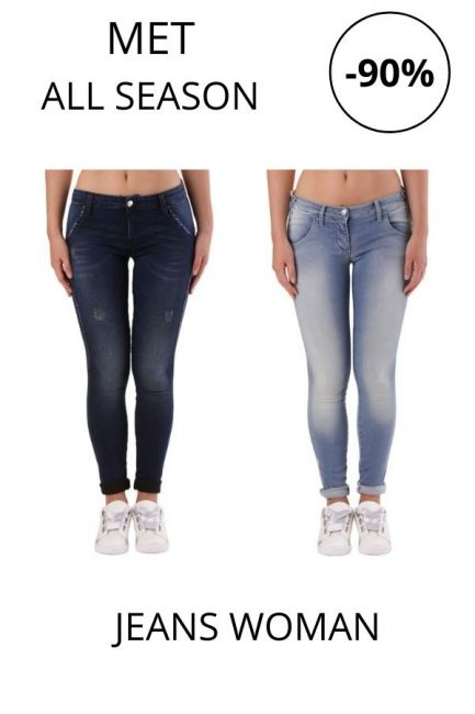 STOCK Met Jeans woman